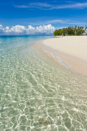 Clear water and blue sky  Stock Photo - 9486542
