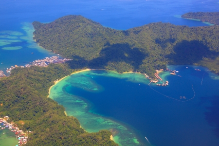 ガヤ島、マレーシア ・ サバ州の空撮 写真素材