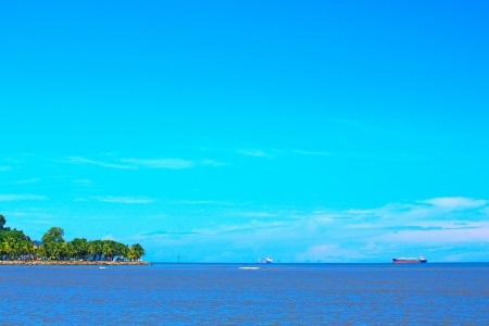Beautiful landscape during morning time at Likas Beach, Kota Kinabalu, Sabah, Malaysia Stock Photo - 13368369