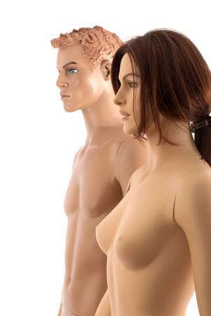 man vrouw symbool: Mannelijke en vrouwelijke mannequins lopen samen. Geïsoleerd op witte achtergrond
