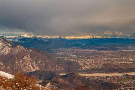 Carnic alps after a big snowfall. Pordenone province, Friuli-Venezia Giulia region, Italy Imagens