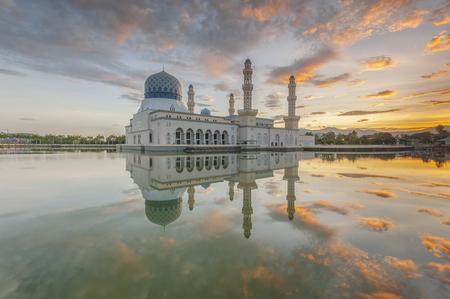 likas: Sunrise at public mosque Likas Kota Kinabalu Sabah