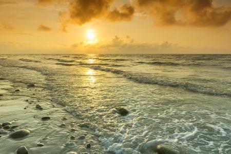 ボルネオ島マレーシア アセアンでサンセット ビーチ 写真素材