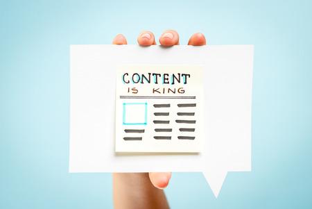 rey: El contenido est� concepto mensaje rey Foto de archivo
