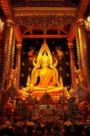 Phra Buddha Chinnarat Wat Phra Si Rattana Mahathat Stock Photo - 8371269