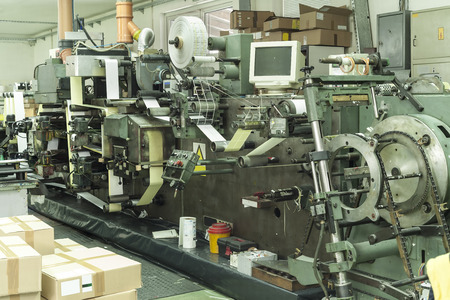 printing out: Printing at high speed on offset machine. Label, Rolled Up, Printing Out, Group of Objects, Merchandise