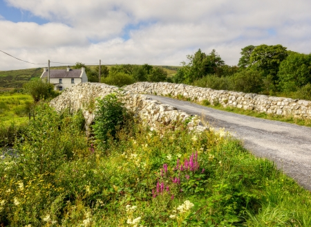 eire: The historic Quiet Man Bridge in County Galway, Ireland, featured in the 1950s film, The Quiet Man. Stock Photo