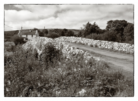 john wayne: The Quiet Man Bridge in County Galway, Ireland. The historic stone bridge featured in the 1950s film, The Quiet Man, starring John Wayne and Maureen OHara. Such was the reaction in America to the now famous Irish landmarks featured in the film that it