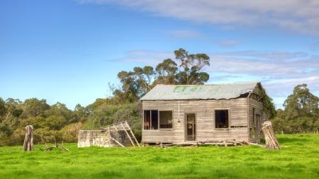 abandoned farmhouse abandoned farmhouse: An abandoned farmhouse near the hamlet of Karridale in the Margaret River region of Western Australia  Editorial