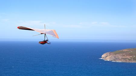 Ein Drachen fliegt Shelley Strand in West Cape Howe National Park, in der Nähe von den Städten Albany und Dänemark, Western Australia