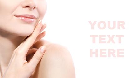 lip shine: ritratto del primo piano delle labbra di donna isolato su bianco Archivio Fotografico