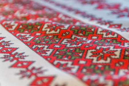 traditional romanian embroidery