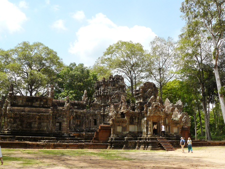 Thommanon castle. A pair of Hindu temple of ancient Angkor Thom, built during the reign of Suryavarman II. It is part of the UNESCO World Heritage Site in 1992. of Siem Reap, Cambodia. Stock Photo