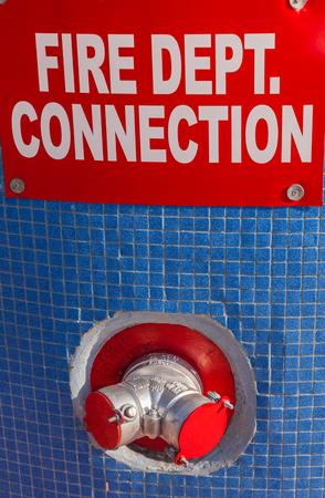 borne fontaine: Fire Department Connection - bouche d'incendie