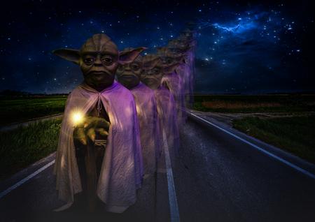 Foz tun Iguazu, Brasilien - 22. November 2017: Großmeister Yoda im Wachsfigurenmuseum in Foz tun Iguazu / Brasilien. Standard-Bild - 92143380