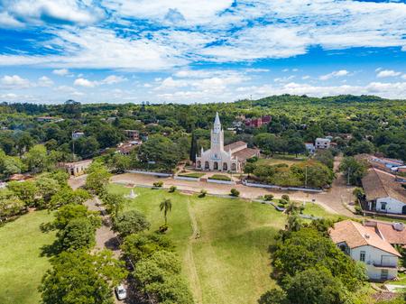 Luchtfoto van de katholieke kerk