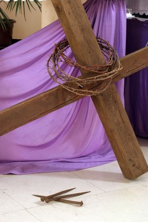 easter cross: Crown of thorns