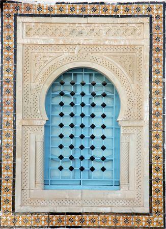 Fen�tre traditionnelle de Kairouan, Tunisie. Banque d'images - 6308038