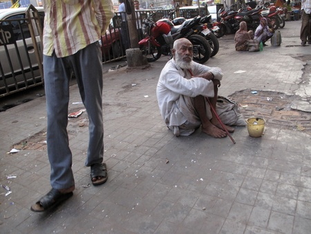outcast: KOLKATA, INDIA -JANUARY 229: Streets of Kolkata. Thousands of beggars are the most disadvantaged castes living in the streets, January 29, 2009.                                Editorial