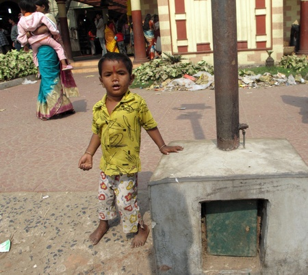 poorness: KOLKATA, INDIA -FEBRUARY 02: Streets of Kolkata. Thousands of child beggars are the most disadvantaged castes living in the streets, February 02, 2009.