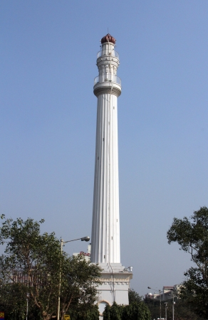 monument in india: Shaheed Minar formerly known as the Ochterlony Monument, was erected in 1828 in memory of Major-general Sir David Ochterlony, commander of the British East India Company on Nov 25, 2012 in Kolkata, India  Editorial