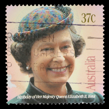 elisabeth: Stamp printed in Australia showing queen Elisabeth II, circa 1988 Editorial