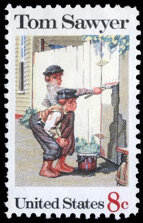 Stempel gedrukt in de VS toont het schilderij Tom Sawyer, van Norman Rockwell 1894-1978, American Folklore Issue, circa 1972