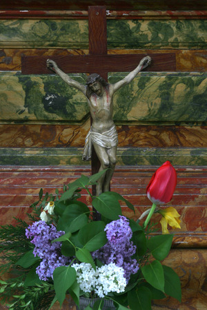 bible altar: Jesus crucified on the cross