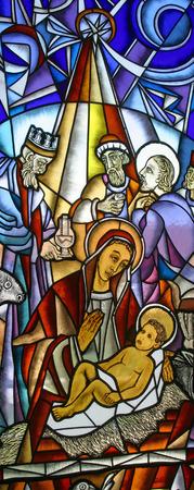 angeles bebe: Escena de la Natividad, vidrieras
