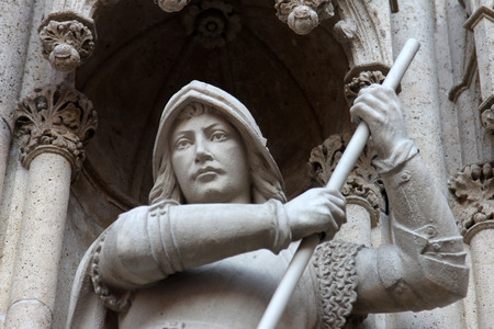 saint stephen cathedral: Statue of Saint George on the portal of the cathedral dedicated to the Assumption of Mary and to kings Saint Stephen and Saint Ladislaus in Zagreb, Croatia