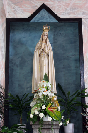 our: Our lady of Fatima