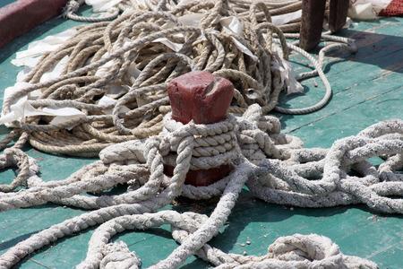 knotting: Corda di barca annodatura