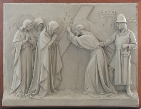 meets: 8th Stations of the Cross, Jesus meets the daughters of Jerusalem Stock Photo