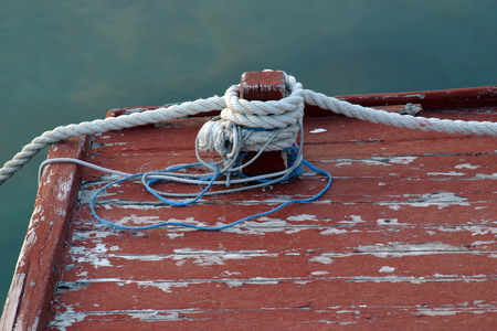 starboard: Rope of boat knotting