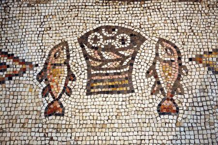 multiplicacion: Mosaico, La Iglesia de la Multiplicaci�n de los Panes y los Peces, Tabgha, Israel