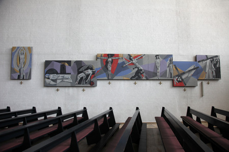 Way of the Cross in the Church of the Holy Trinity on July 18, 2013 in the Bavarian village of Gemunden am Main, in the Diocese of Wurzburg. 新聞圖片