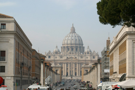 italien: St. Peters Basilica in Rome, Italy