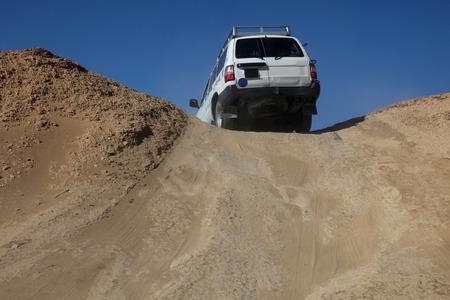 fourwheeldrive: Car in desert