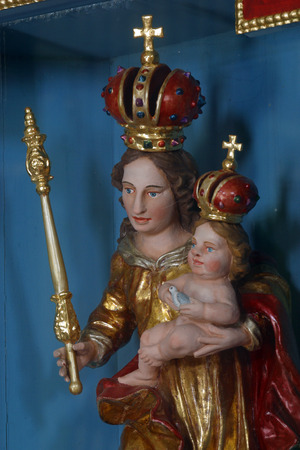 paternal: Blessed Virgin Mary with baby Jesus Editorial