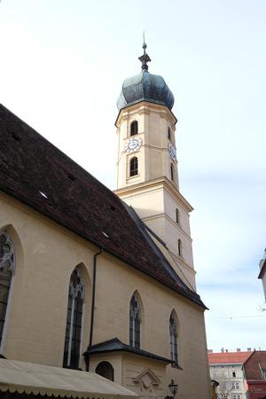 tourismus: Franciscan Church in Graz, Styria, Austria on January 10, 2015.