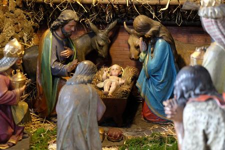 guarder�a: Escena de la natividad, guarder�a, o el pesebre, el nacimiento de Jes�s en la iglesia Barmherzigenkirche en Graz, Estiria, Austria el 10 de enero de 2015.