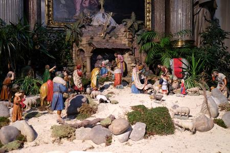 guarder�a: Escena de la natividad, guarder�a, o el pesebre, el nacimiento de Jes�s en la Catedral de Graz dedicada a San Giles en Graz, Estiria, Austria el 10 de enero de 2015.