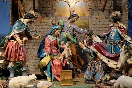 guarder�a: Escena de la natividad, guarder�a, o el pesebre, el nacimiento de Jes�s en la iglesia Mariahilf en Graz, Estiria, Austria el 10 de enero de 2015.
