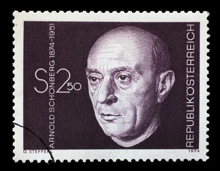 AUTRICHE - CIRCA 1974: timbre, imprimé, en Autriche montre Arnold Schonberg, compositeur, circa 1974 Banque d'images - 44271134