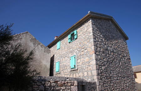 building a chain: Traditional Dalmatian stone house Editorial