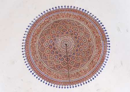 unesco world heritage site: Detail of the ceiling in Isa Khans Tomb. Humayuns Tomb complex, Delhi, India