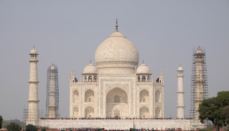Taj Mahal (Crown of Palaces), an ivory-white marble mausoleum on the south bank of the Yamuna river in Agra, Uttar Pradesh, India.