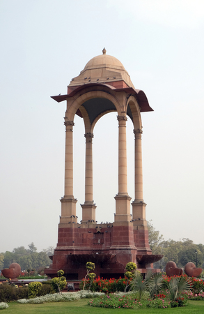 Canopy of George V at India Gate Imagens