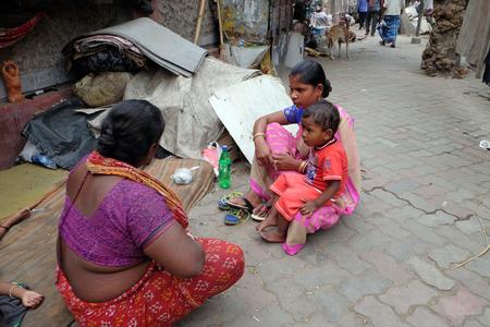 Homeless family living on the streets of Kolkata, India on February 11, 2016. Sajtókép