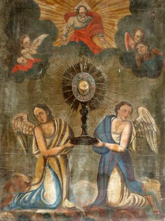 Custodia de adoración eucarística con el Santísimo Sacramento, con ángeles, retablo de la Iglesia del Nacimiento de la Virgen María en Svetice, Croacia